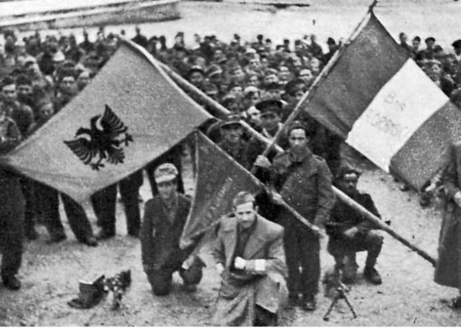 Risultati immagini per liberazione albania dai nazisti brigata gramsci